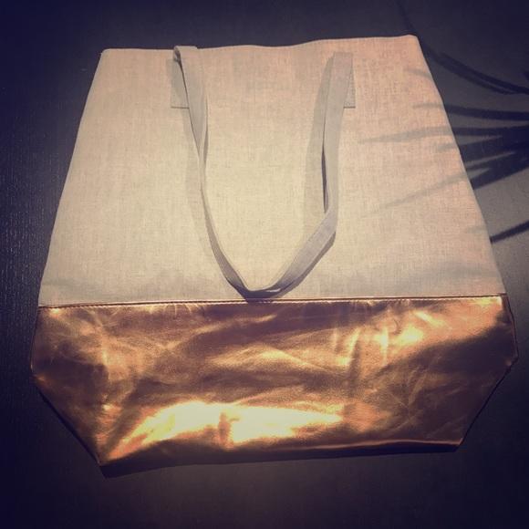 Ulta Beauty Handbags - 4 for $25 Ulta Chi Tote Bag